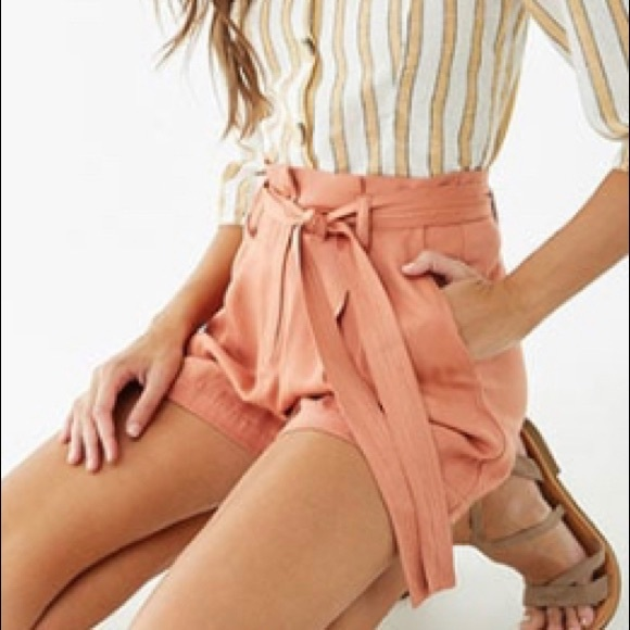 Belted high waisted shorts